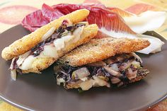 Una cotoletta di sedano rapa, un ripieno goloso e si riprende la settimana con lo sprint giusto!  Leggi la ricetta completa su: http://karmaveg.it/cordon-bleu-vegan-di-sedano-rapa-al-radicchio.html