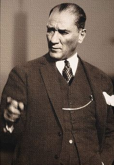 Ataturk:The Reformer From the establishment of the Republic in 1923 to his de – En Güncel Araba Resimleri Republic Of Turkey, The Republic, Ottoman Turks, Turkish Army, The Legend Of Heroes, The Turk, Great Leaders, World Peace, Ottoman Empire