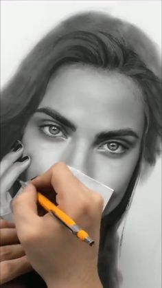 Discover the secrets of drawing realistic pencil portraits. Drawings for kids Hyper Realistic pencil Art mastery. Discover the secrets of drawing realistic pencil portraits. Realistic Pencil Drawings, Art Drawings Sketches Simple, Pencil Art Drawings, Pencil Sketch Art, Hyper Realistic Paintings, Portrait Au Crayon, Pencil Portrait, Portrait Art, Drawing Portraits