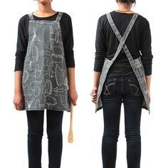 Wrap around apron - May not suit all sizes of our staff ? adjust size with longer/shorter straps