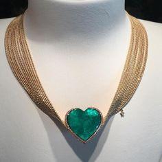 mm_diamondsjewellersAmazing @wellendorff1893 via @eris_panda !! #dubai #dubailife #hautejoaillerie #finejewelry #highjewelry #amazing #fabulous #art #instagram #instafollow #inspiration #instafashion #instaart #instagood #mydubai #my_dubai #love #luxury #luxurylife #luxurylifestyle #luxuryfashion #luxurystyle #luxurydesign #luxuryjewelry #fabulous #fashion #amazing #emerald #diamonds #dream