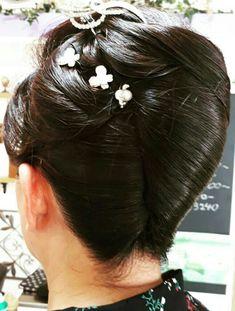Rolled Hair, Roll Hairstyle, Japan, Earrings, Fashion, Coiled Hair, Ear Rings, Okinawa Japan, Moda