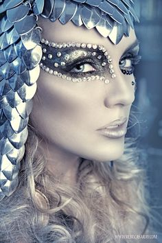 schminke fasching karneval glitzersteine ideen