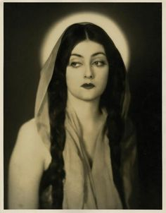 Eve Southern as Mary Magdalen in Josef von Sternberg's 'A Woman of the Sea '(1926)