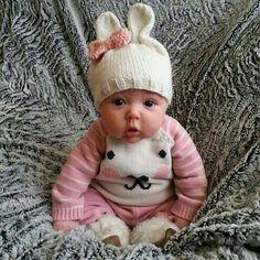 New Baby Fashion Cute Little Baby, Baby Kind, Little Babies, Cute Babies, Precious Children, Beautiful Children, Beautiful Babies, Bebe Love, Foto Baby