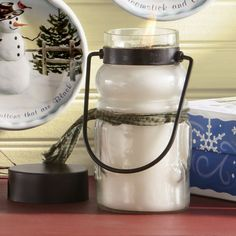 Captivating Candles Scented candles are always a welcome gift. Choose one in a seasonal scent like pine, or pick one that will bring the smell of baking sugar cookies or vanilla marshmallows to your hostess' home.
