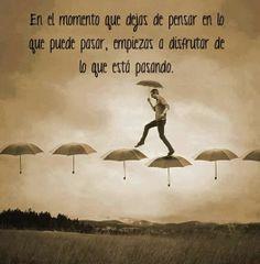 """""""Por la esperanza del mañana sacrificamos el hoy, sin embargo la felicidad siempre está en el ahora"""" Jiddu Krishnamurti"""