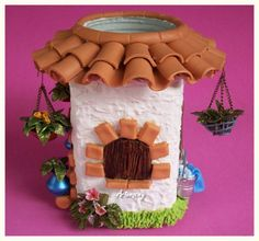 DESESTRESANDOME Diy And Crafts, Arts And Crafts, Clay Jar, Jar Art, Clay Houses, Polymer Clay Projects, Fairy Houses, Bottle Art, Cold Porcelain