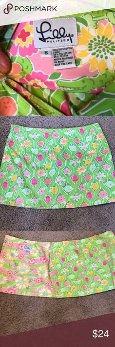Lilly Pulitzer reversible mini - size 6 Adorable reversible Lilly Pulitzer mini skirt. Perfect for spring and summer. 16 inches waist laying flat non stretched and 14.5 inches total length. Lilly Pulitzer Skirts Mini