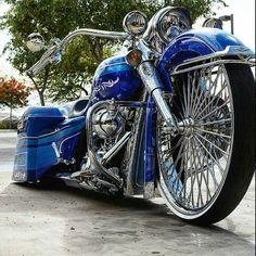 Harley Davidson News – Harley Davidson Bike Pics Custom Baggers, Custom Harleys, Custom Bikes, Custom Cycles, Custom Choppers, Bagger Motorcycle, Motorcycle Style, Motorcycle Couple, Motorcycle Garage