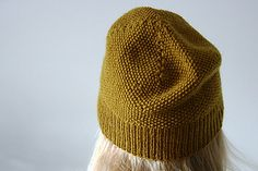 Simple Moss Stitch Hat by Halldora J......FREE pattern download from Ravelry ~ 5ply sport weight yarn