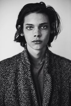 erin mommsen, boy, and model image Photography Website, White Photography, Portrait Photography, Photography Tips, Niels Schneider, Pretty People, Beautiful People, Beautiful Pictures, Erin Mommsen