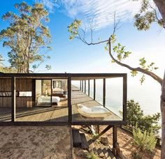 Casa Till, WMR Arquitectos, Chile Views from Surf Shacks. Browse inspirational photos of modern homes. From midcentury modern to prefab housing and renovations, these stylish spaces suit every taste. Design Exterior, Interior And Exterior, Contemporary Architecture, Interior Architecture, Sustainable Architecture, Residential Architecture, Creative Architecture, Contemporary Houses, Contemporary Kitchens