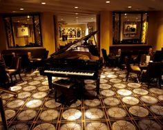 American Bar at the Savoy, Londres Hotel Savoy, Design Bar Restaurant, Restaurant Ideas, Cafe Concept, Art Deco Decor, Piano Room, Great Hotel, Hotel Interiors, Wattpad
