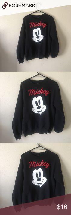 Pacsun sweatshirt Size Medium Mickey Mouse sweatshirt bought from Pacsun size Medium PacSun Sweaters Crew & Scoop Necks
