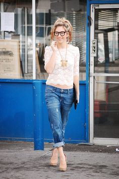 i love everything about this. but mostly the boyfriend jeans paired with a feminine top.