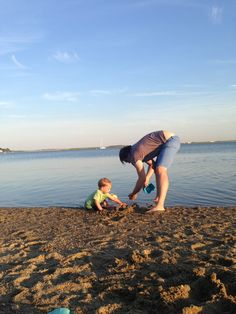 New England is a magical place. The summer is hot enough to make you forget that winter is coming, but not so hot (most days) that you wilt in the sun.  Quick New England Adventures with a Toddler | Boston Moms Blog