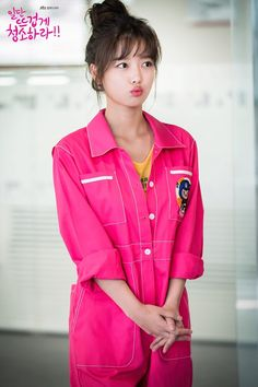 """New behind the scene photos of """"Clean with Passion for Now"""" are revealed. On November JTBC posted photos of Kim Yoo Jung, Yoon Kyun Sang, and Song Jae Rimthat raise viewers' excitement towards the drama's premiere. Korean Actresses, Korean Actors, Actors & Actresses, Korean Dramas, Kim You Jung, Kyun Sang, Song Jae Rim, Weightlifting Fairy Kim Bok Joo, Hair"""