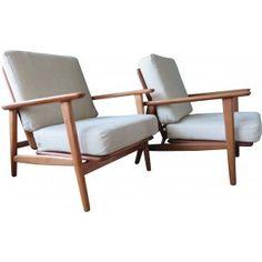 Paire de fauteuils en hêtre et laine, Hans J. WEGNER - 1960