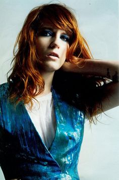 florence welch fashion. turquoise and redheads were meant to be siblings.