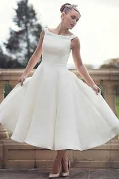 Cheap wedding dress, Buy Quality bridal wedding dress directly from China tea length Suppliers: 2016 Cheap Simple Boat Neck Ball Gown Satin Sleeveless Short Tea Length Reception Women Second Wedding Bridal Wedding Dresses Wedding Dress Tea Length, Short Wedding Gowns, Wedding Dress Sizes, Tea Length Dresses, Perfect Wedding Dress, Bridal Wedding Dresses, Cheap Wedding Dress, Wedding Bride, Wedding Reception