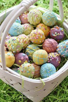 Skinny Easter Egg Cake Balls @FoodBlogs