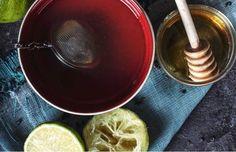 Ten syrop wspomaga pamięć, wzrok, słuch i spala tłuszcz z brzucha - Smak Dnia Home Remedies For Flu, Indian Home Remedies, Homemade Cold Remedies, Cold Remedies Fast, Natural Cold Remedies, Cough Remedies, Herbal Remedies, Cold Sore Cure, Herbs