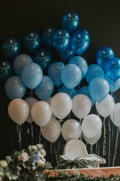 baby boy birthday party A perfectly simple first birthday for our baby boy. With an ombre blue ballon garland and all the natural Pacific Northwest touches! Simple First Birthday, Boys First Birthday Party Ideas, Baby Boy 1st Birthday Party, Blue Birthday Parties, Elegant Birthday Party, Birthday Themes For Boys, Diy Birthday Decorations, Birthday Backdrop, Cake Birthday