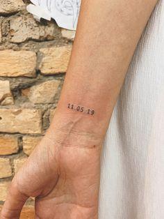 mini tattoos unique / mini tattoos & mini tattoos with meaning & mini tattoos unique & mini tattoos men & mini tattoos simple & mini tattoos for girls with meaning & mini tattoos for women & mini tattoos best friends Piercing Tattoo, B Tattoo, Tattoo Fonts, Piercings, Tattoo Quotes, Script Tattoos, Elbow Tattoos, Arabic Tattoos, Hamsa Tattoo