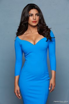 Priyanka Chopra Jonas Best Looks of All Time Bollywood Actress Hot Photos, Indian Bollywood Actress, Beautiful Bollywood Actress, Most Beautiful Indian Actress, Bollywood Celebrities, Indian Actresses, Bollywood Images, Priyanka Chopra Hot, Jolie Photo