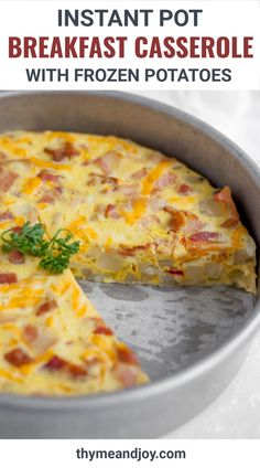 This easy Instant pot breakfast casserole is made directly in your pressure cooker and contains eggs, onion, pepper and frozen breakfast potatoes. Great for a quick and healthy protein rich breakfast that can be customized many different ways!