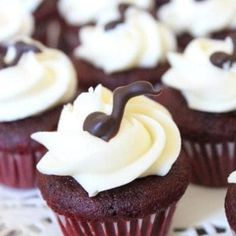 Mini Red Velvet Cupcakes Recipe | If You Give a Blonde a Kitchen