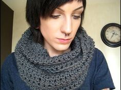 How to crochet a circle scarf! (tutorial)