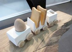 "Come on, ride the Breakfast Train! ""The Breakfast Express"" by Reiko Kaneko"