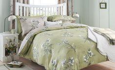 Fresh botanicals - bedroom interior design trends decorating a bedroom King Size Bedding Sets, 2014 Trends, Shabby Chic Style, White Bedroom, Bedroom Furniture, Sweet Home, Interior Design, Interior Ideas, Design Trends