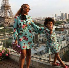 Feliz dia das mães com essa dupla cheio de estilo: #Beyoncé e #BlueIvy!  via L'OFFICIEL BRASIL MAGAZINE INSTAGRAM - Fashion Campaigns  Haute Couture  Advertising  Editorial Photography  Magazine Cover Designs  Supermodels  Runway Models
