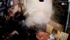 প্যারিস বিস্ফোরণের সবচেয়ে ভয়াবহ CCTV ফুটেজ (ভিডিও) http://coxsbazartimes.com/?p=26821