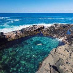Queen's Bath, Princeville, Kauai. Honeymoon Vacations, Hawaii Honeymoon, Hawaii Vacation, Best Vacations, Vacation Spots, Kauai Hawaii, Princeville Hawaii, Oahu, Ux Design