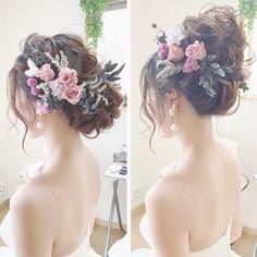 参考にしたい♡大人かわいいヘッドドレス Bridal Hairdo, Hairdo Wedding, Bridal Hair And Makeup, Hair Makeup, Romantic Hairstyles, Bride Hairstyles, Prom Hair Accessories, Hair Arrange, Floral Hair
