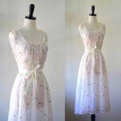 1940s Sheer Pink Lingerie $54.00 by SassySisterVintage #sheerlingerie #bridallingerie #seethroughlingerie #lacelingerie #1940slingerie #1940snightgown #honeymoonlingerie