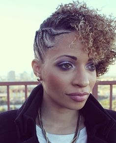 Natural Hair Is Stunning! - http://www.creativeideasblog.com/hairstyle-ideas/natural-hair-is-stunning.html