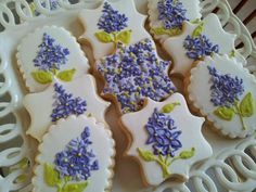 lilac cookies ~ too pretty to eat!