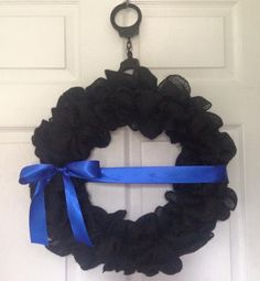 Wreath Crafts, Diy Wreath, Burlap Wreath, Wreath Ideas, Police Officer Gifts, Police Wife, Cop Wife, Police News, Police Family