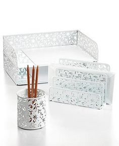 Creativity at work! Discover simple ways to makeover your desk space at mblog.macys.com