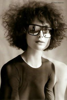 #Shalom Harlow- 'fro, funky glasses