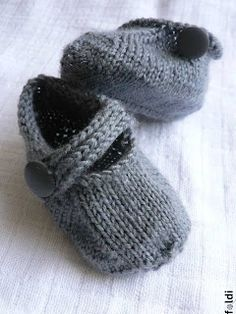 Most adorable Seamless Baby Bootie.