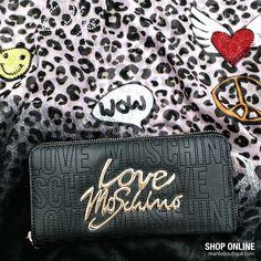 Portafogli Moschino Love €95 Sciarpa Codello €49,95 WhatsApp 329.0010906 #scarves #wallets #accessories #style #moda