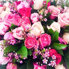 Thank you to Viktor and Rolf for being so wonderful as to send me birthday flowers with so many pink roses and white peonys. They're so beautiful