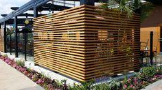 Restaurant patio fencing