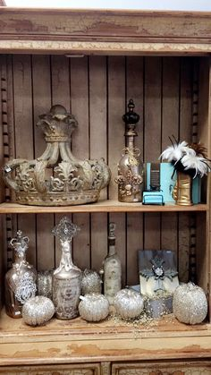 #ShopCasaBella Home decor & fine gifts❤️⚜. Our Fall/Halloween has arrived!!!👻🎃🕸✨